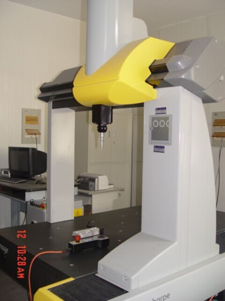 三坐标测量机(美国GLOBAL IMAGE9128 brown & sharpe).jpg